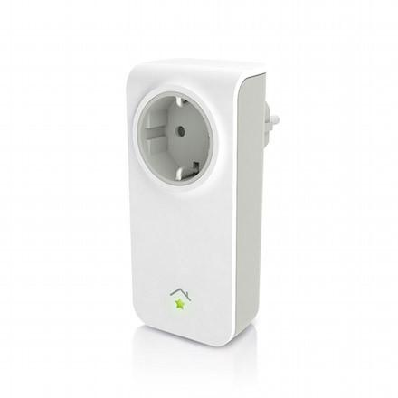 Der innogy SmartHome Zwischenstecker verbindet herkömmliche Geräte mit dem Smart Home-System