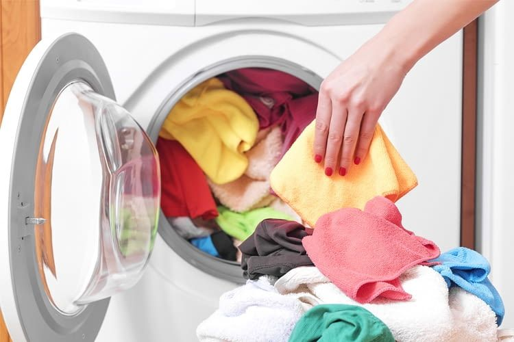 Stiftung Warentest simuliert eine intensive Waschmaschinen-Nutzung über mehrere Jahre