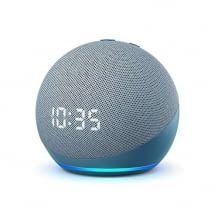 Amazons Echo Dot mit 42 Millimeter Lautsprecher und 3,5 mm Stereo-Audioausgang und digitaler Uhr-Anzeige